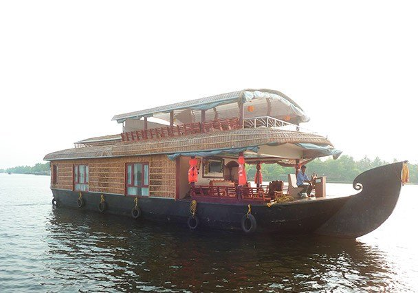 Best 4 Bedroom Houseboat Alleppey 4 Bedroom Houseboat Alleppey With Pictures