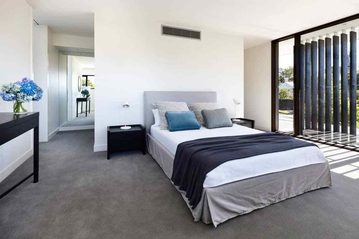 Best Choosing The Right Bedroom Carpet Wearefound Home Design With Pictures
