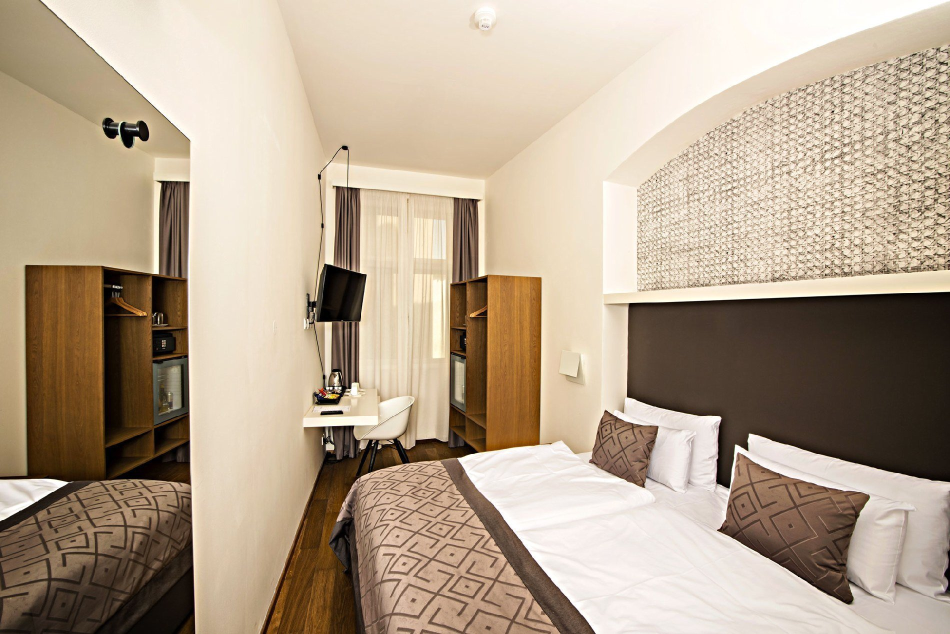 Best Small Single Double Room Hotel Golden Crown Prague With Pictures