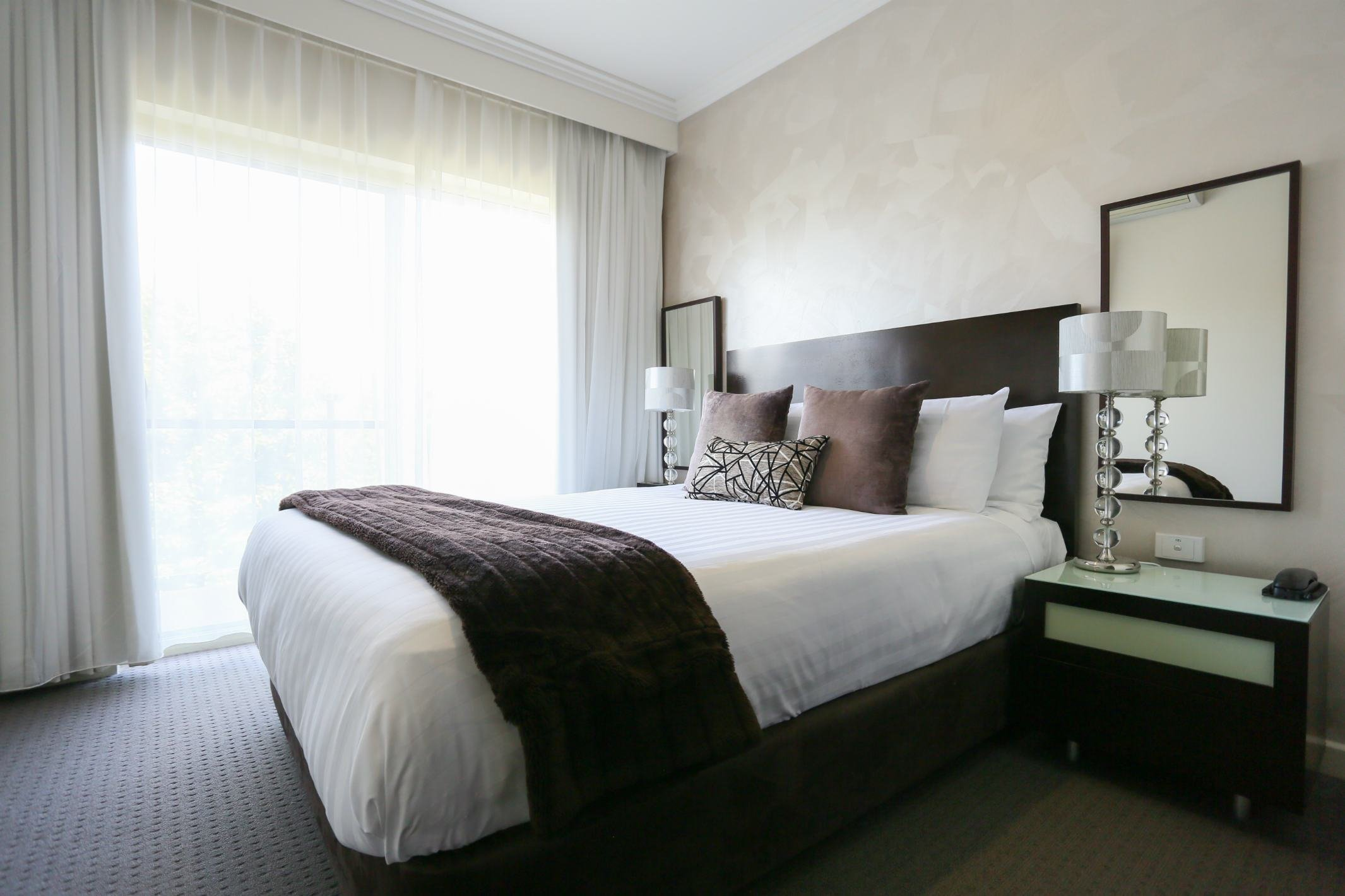 Best 2 Bedroom Apartment Hovell Tree Inn Premier Hotel Albury With Pictures