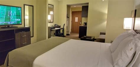 Best Tampa Florida Hotel Suites Holiday Inn Express Hotel Suites King Studio Suite With Pictures