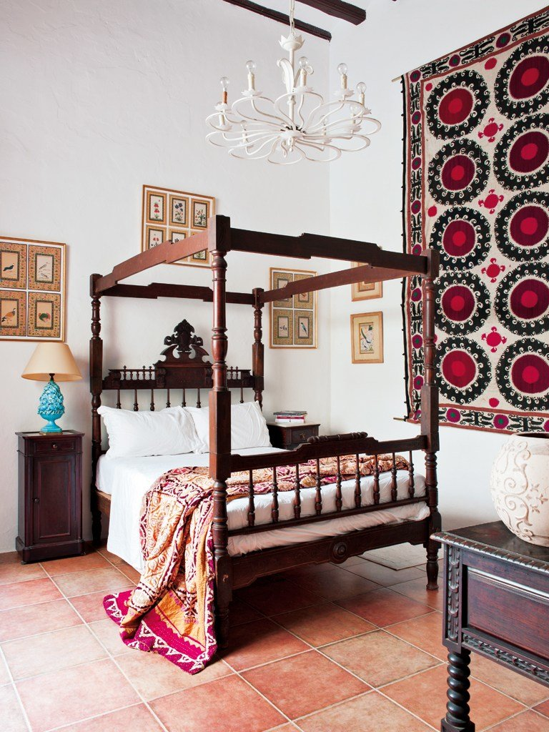 Best Spanish Interiors By Color 5 Interior Decorating Ideas With Pictures