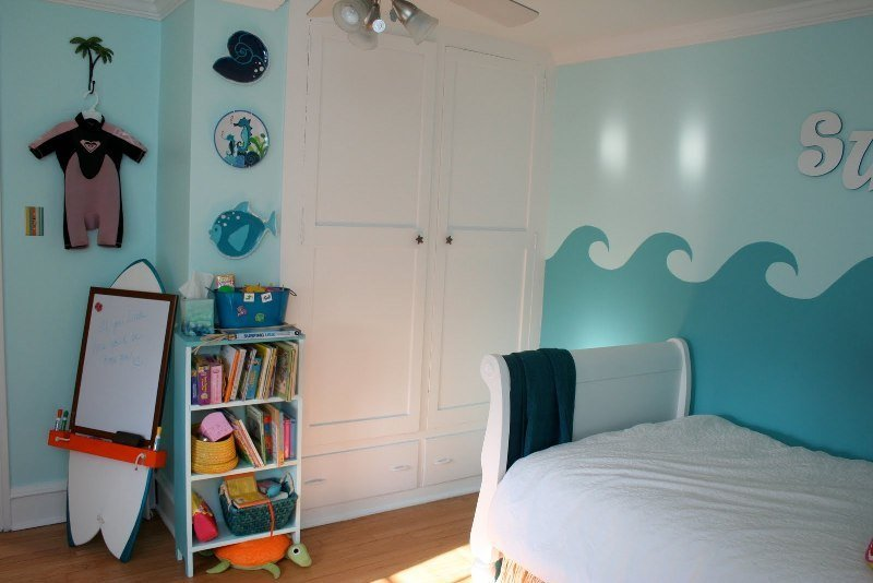 Best Cool Surfing Bedroom Design For A Little Girl Kidsomania With Pictures