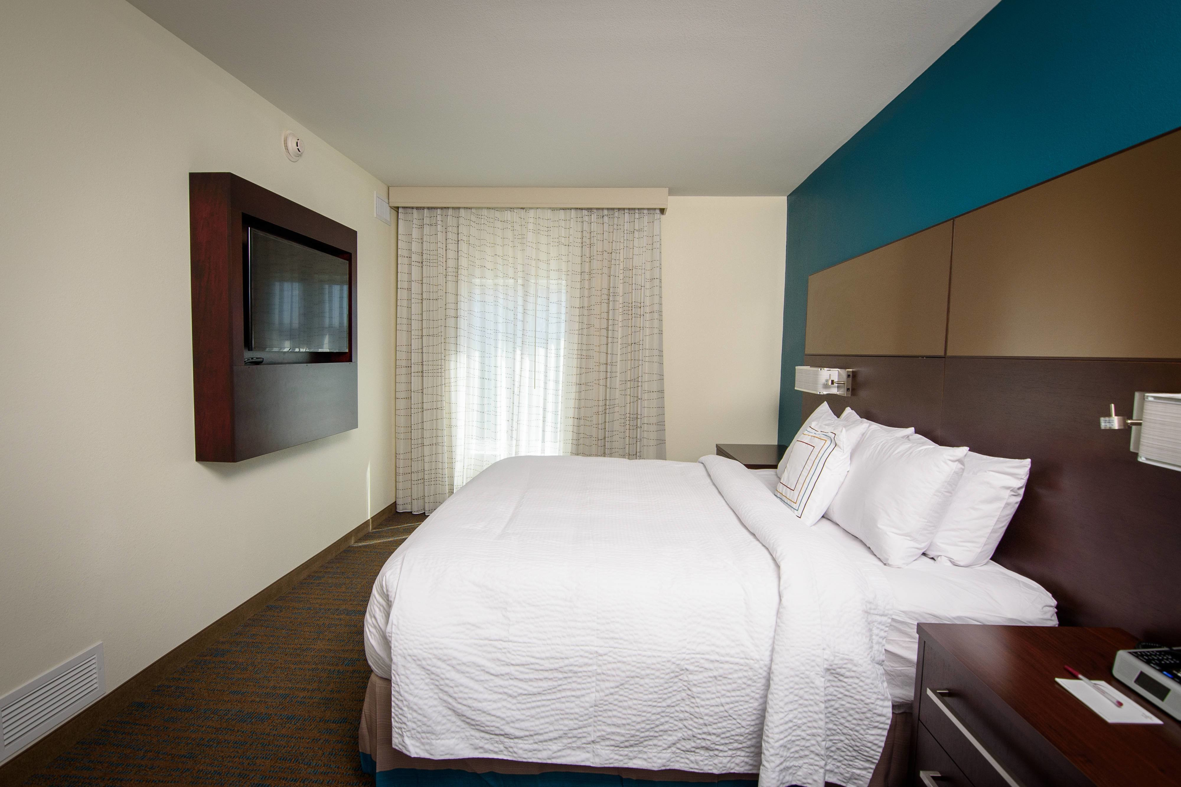 Best Rooms And Two Bedroom Hotel Suites In Avon Oh Residence With Pictures