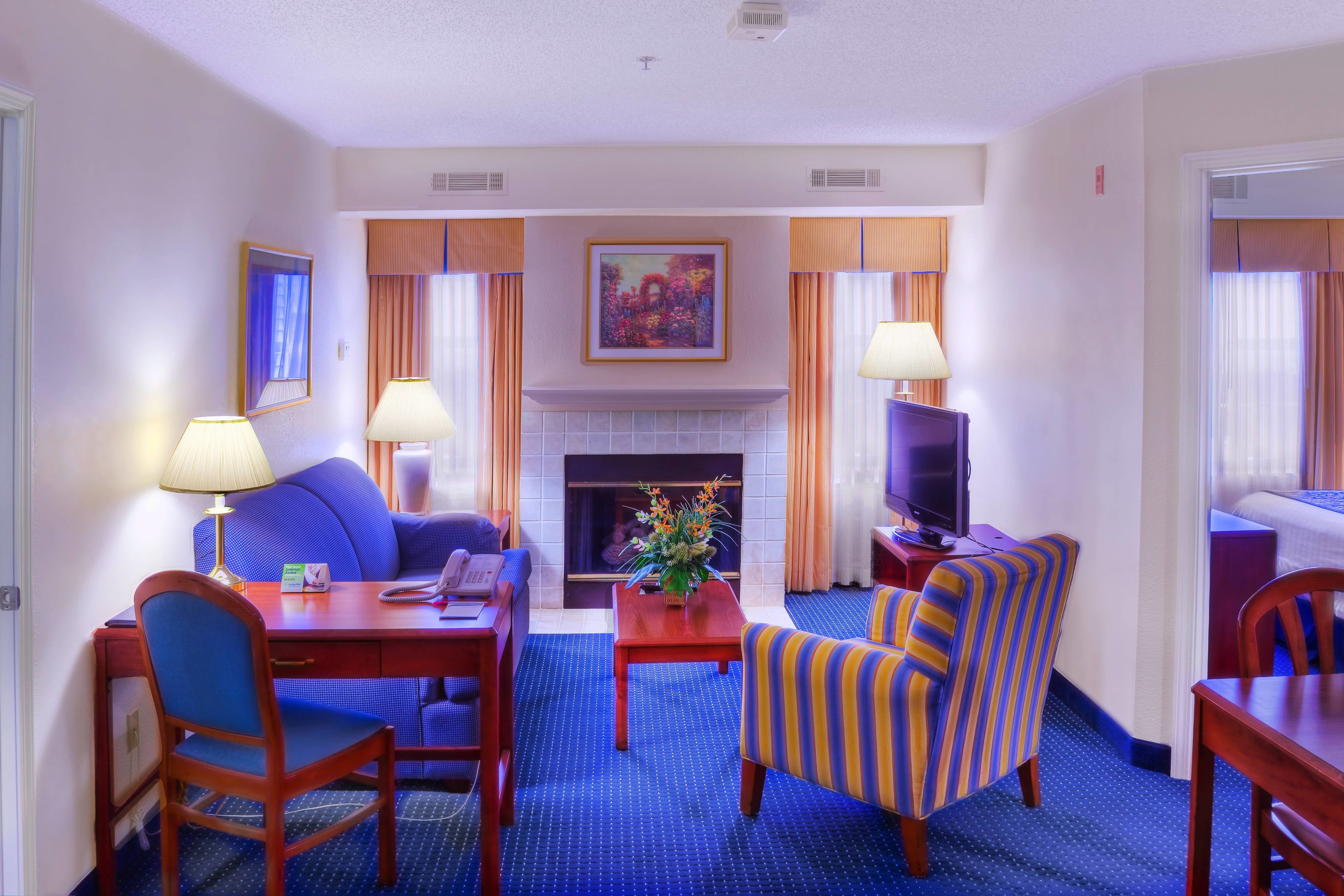 Best Extended Stay Charlotte Nc Tyvola Suites In Charlotte With Pictures