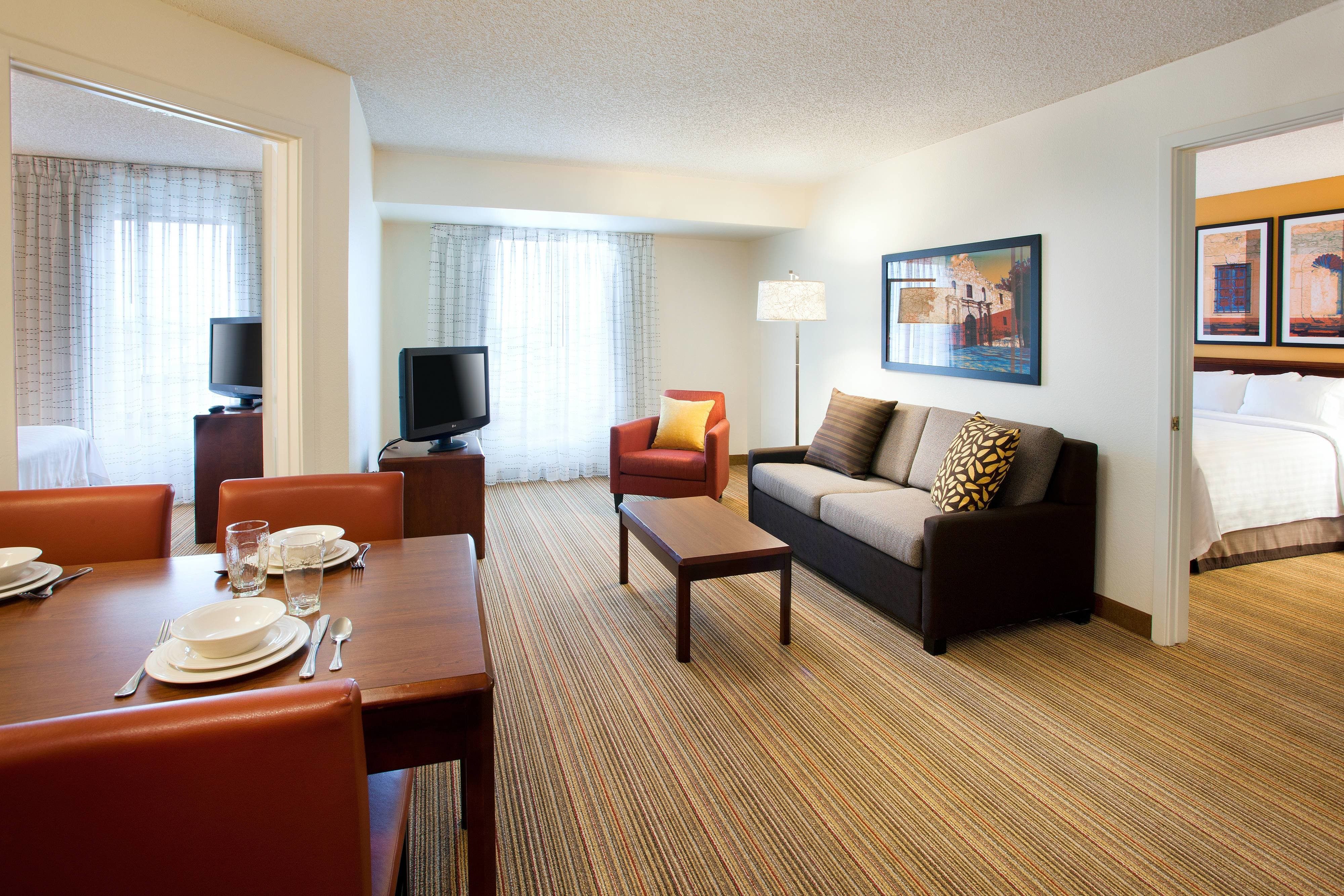 Best 2 Bedroom Suites San Antonio Residence Inn San Antonio With Pictures