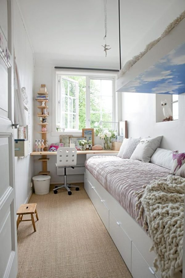 Best How To Decorate A Long And Narrow Bedroom With Pictures