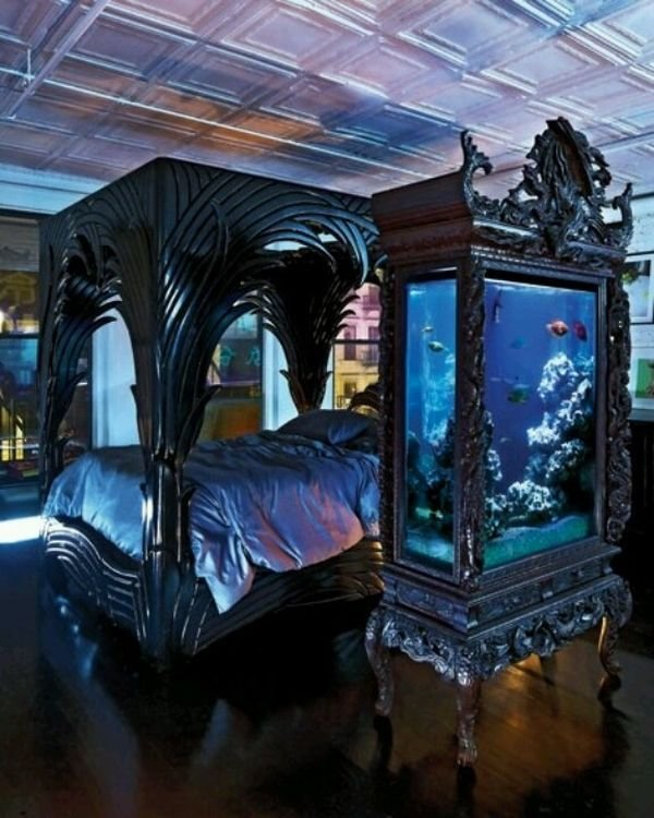 Best 13 Mysterious Gothic Bedroom Interior Design Ideas With Pictures
