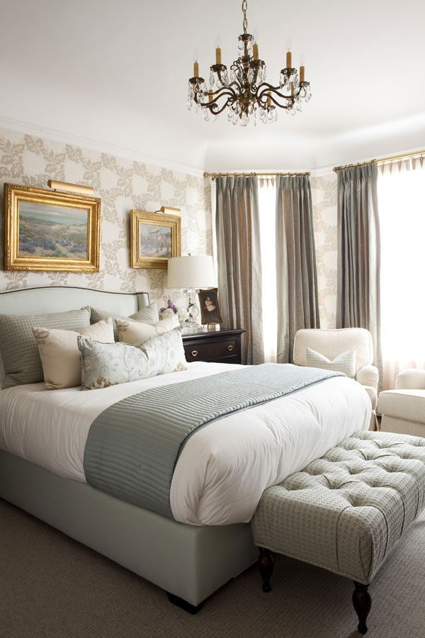 Best Using Taupe To Create A Stylish And Romantic Bedroom With Pictures