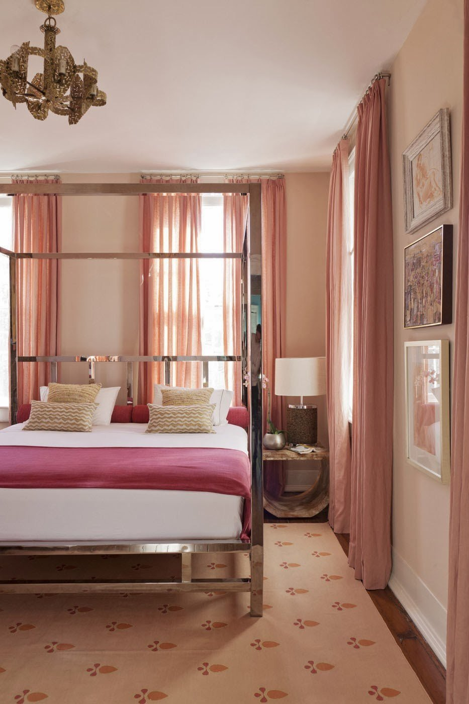 Best Blush And Pink Bedroom Home Decorating Trends Homedit With Pictures