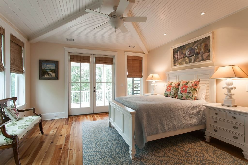 Best Designs Of How Vaulted Ceilings Top Off Any Room With Style With Pictures