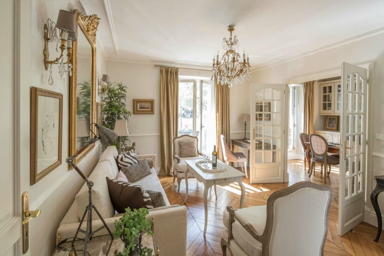 Best 12 Must Have Elements Of Parisian Style Home Decor With Pictures