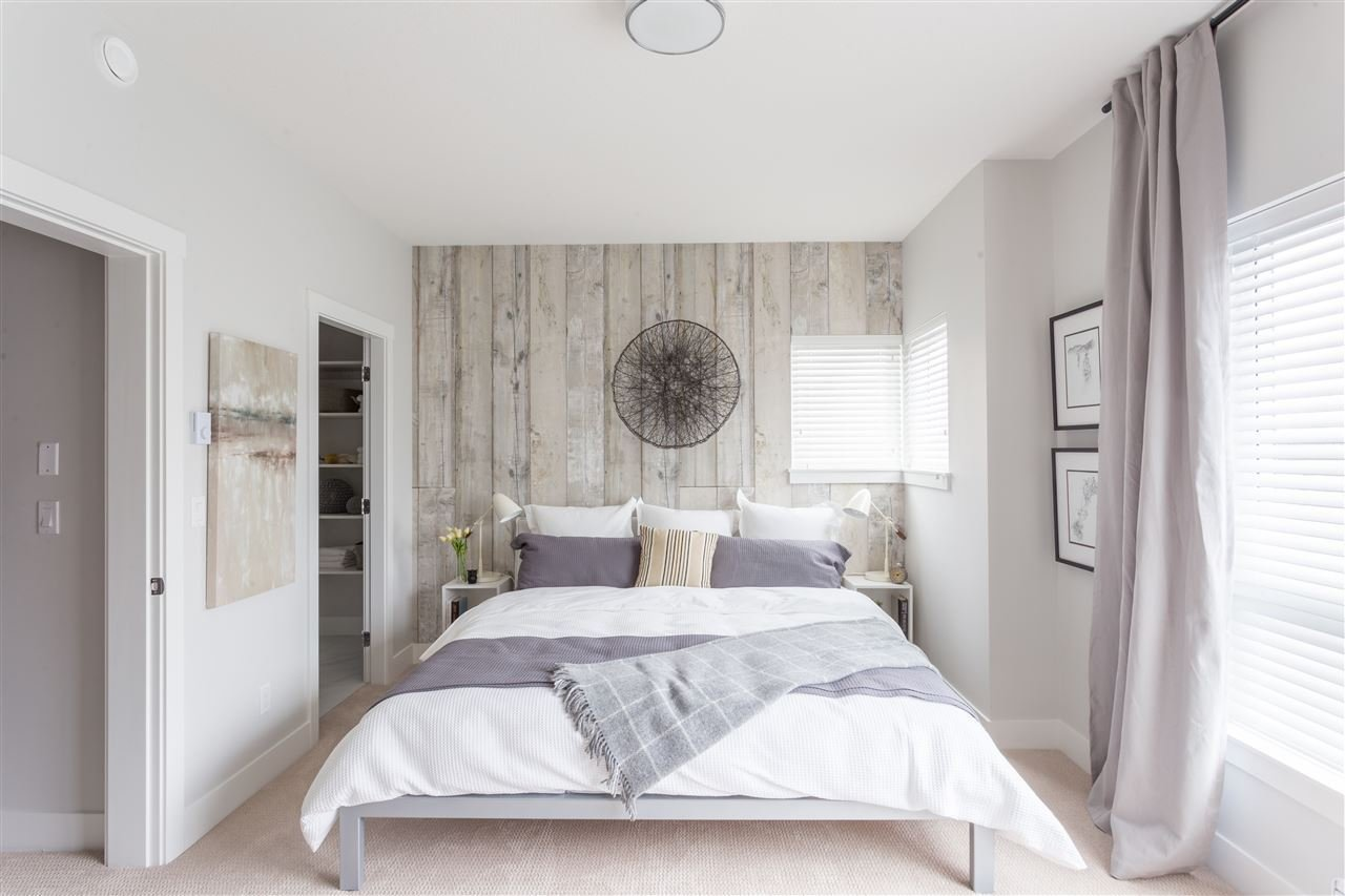 Best Master Bedroom Staging White Rock Homes With Pictures