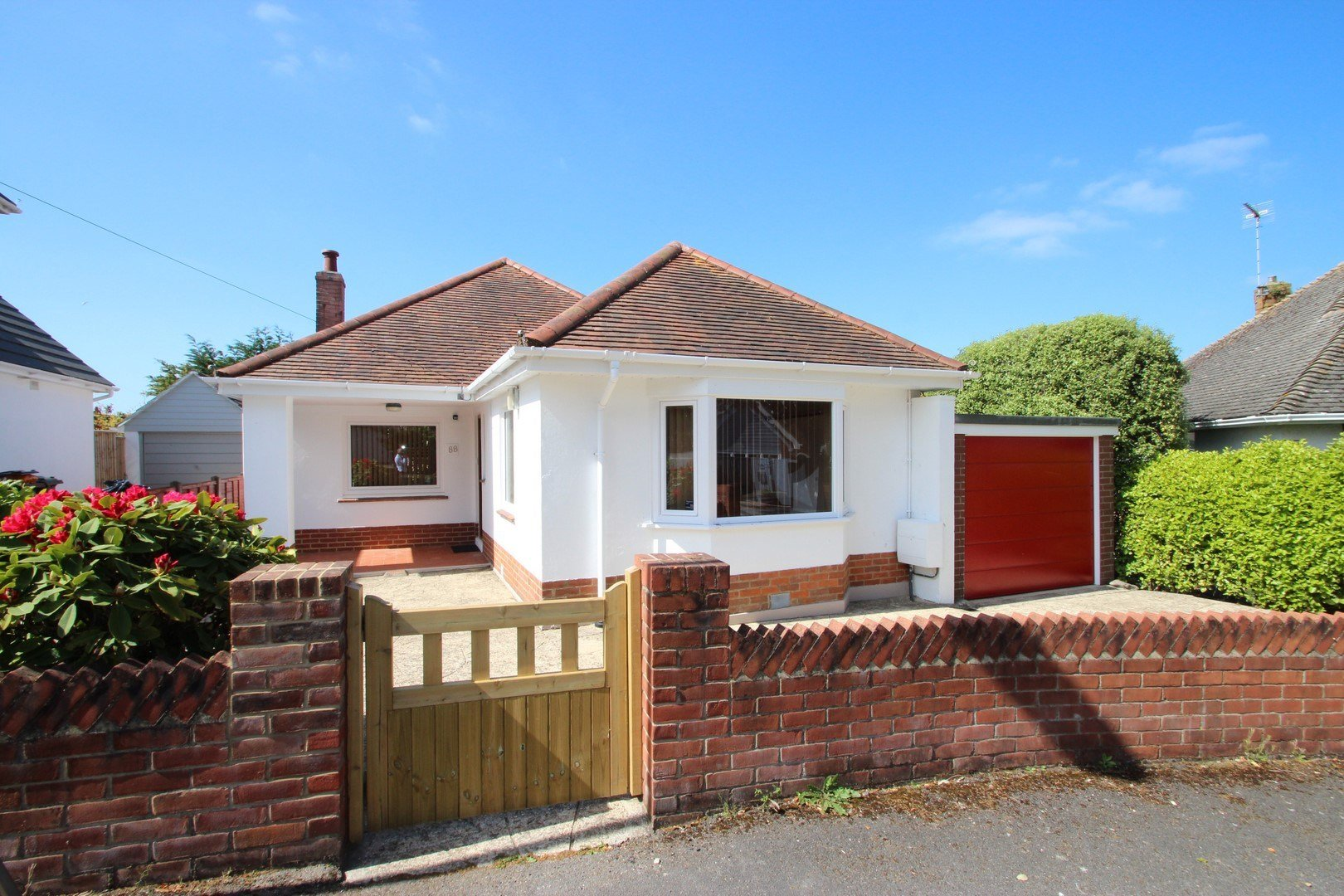 Best 2 Bedroom Bungalow In Mudeford – Estate Agents Mudeford With Pictures