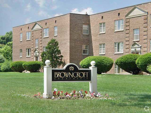 Best Browncroft Apartments Townhouses Rentals Rochester Ny With Pictures