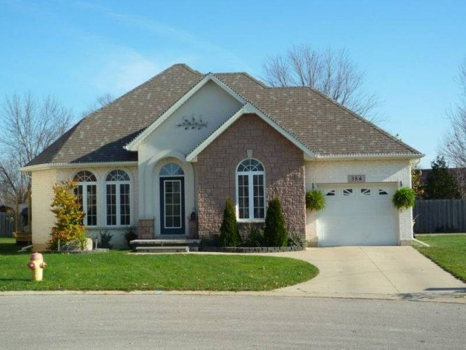 Best 3 Bedroom Home For Rent In Petrolia Ontario Estates In With Pictures