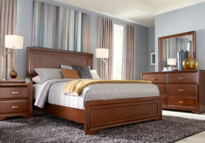 Best Belcourt Cherry 5 Pc Queen Panel Bedroom Queen Bedroom With Pictures