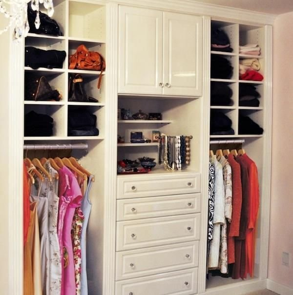Best Small Walk In Closet Ideas Organization Tips Small Room With Pictures