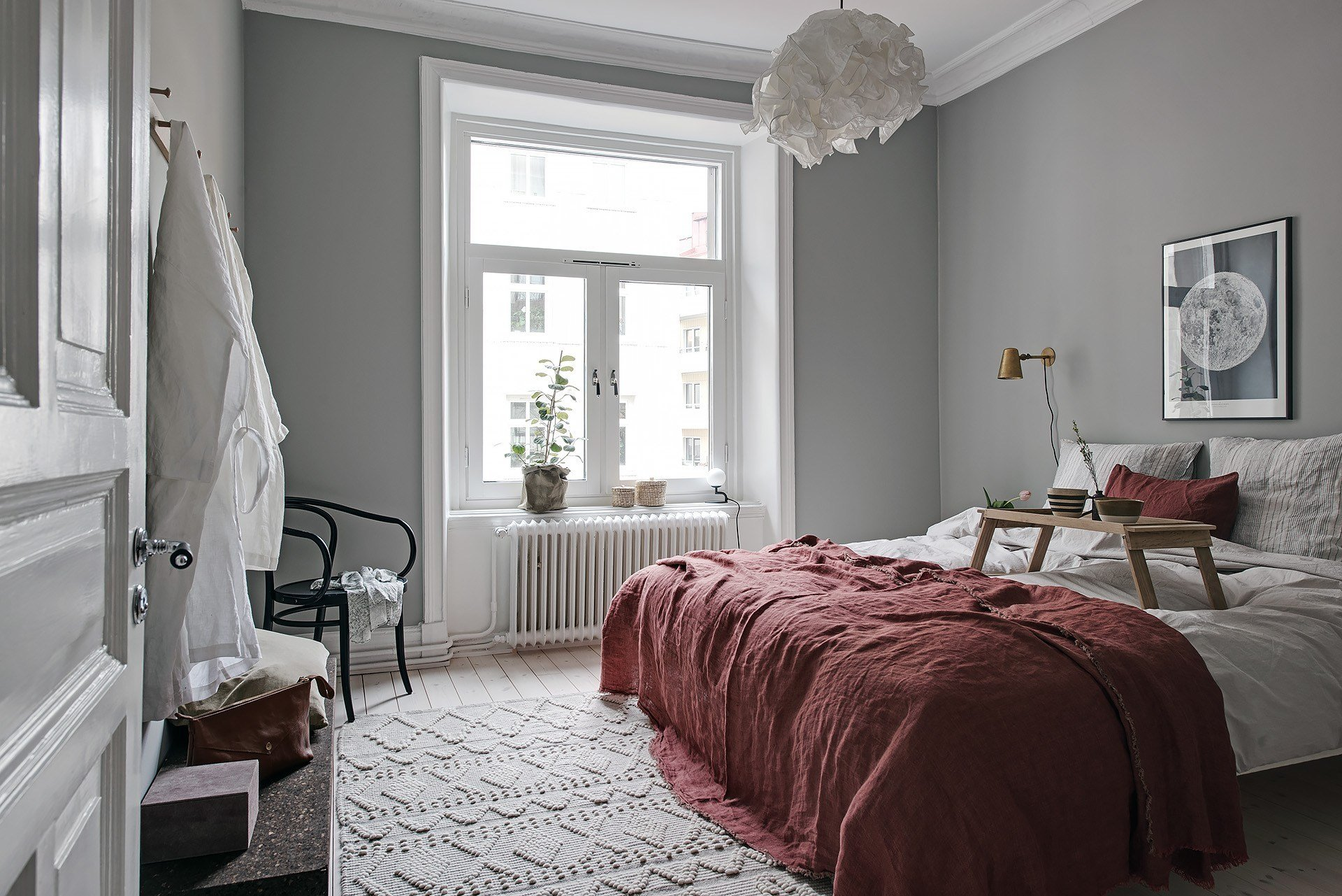 Best Cozy Bedroom With Red Details Coco Lapine Designcoco With Pictures