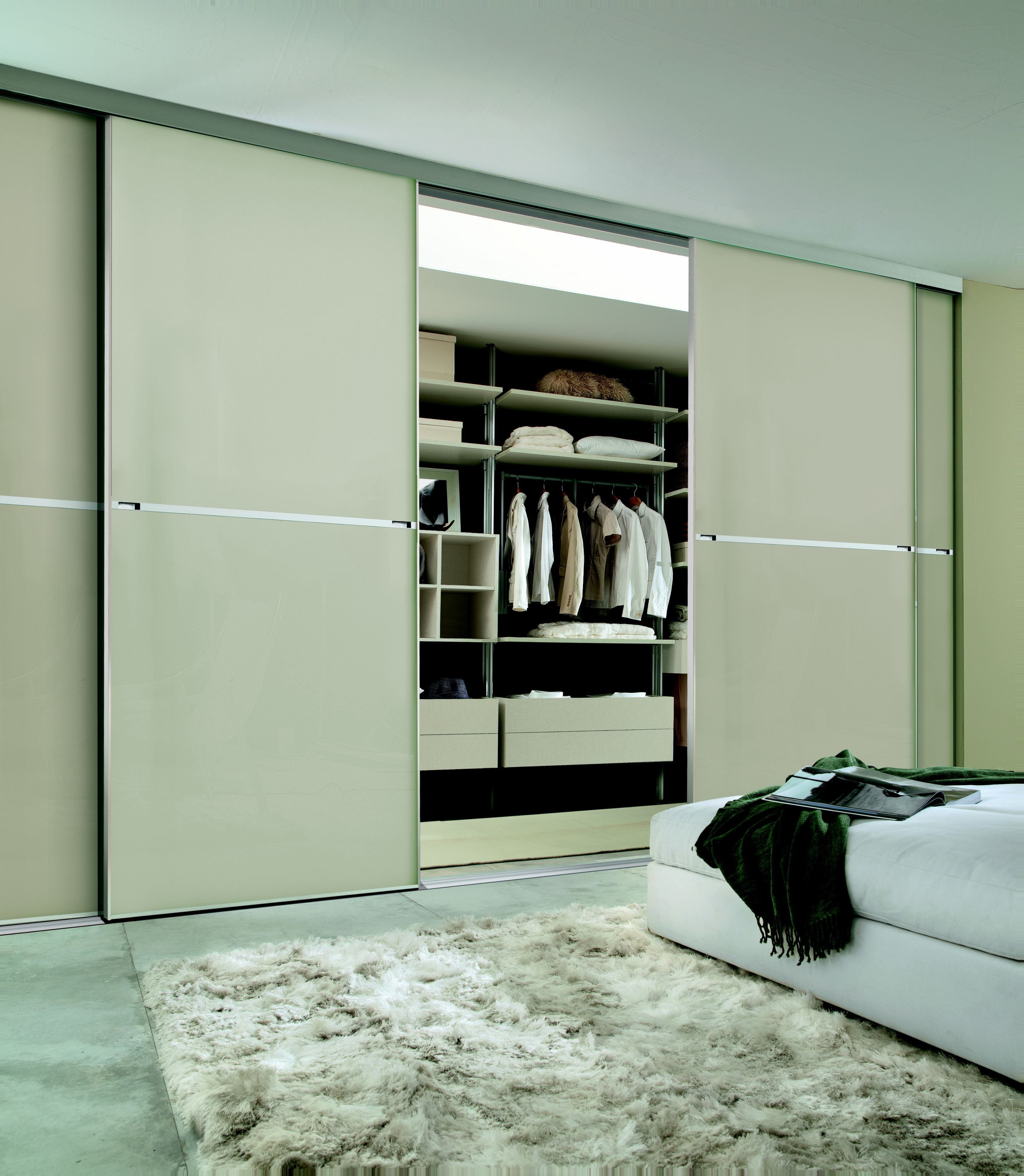 Best Sliding Wardrobe Doors Buying Guide Ideas Advice Diy With Pictures