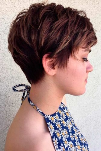 Free Short Layered Hairstyles For Women Lovehairstyles Wallpaper