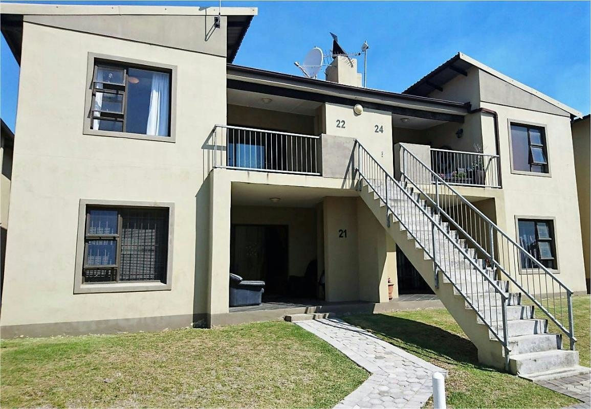 Best 2 Bedroom Townhouse To Rent Sherwood Port Elizabeth With Pictures