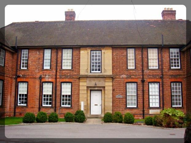 Best 2 Bedroom Flat To Rent In Worsley House 894 Hessle High With Pictures