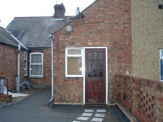Best 1 Bedroom Flat For Sale In Marsh Road Leagrave Luton Lu3 Lu3 With Pictures