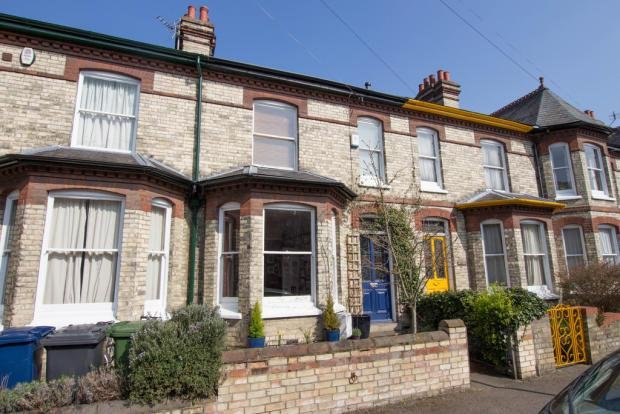 Best 3 Bedroom Terraced House For Sale In Humberstone Road With Pictures