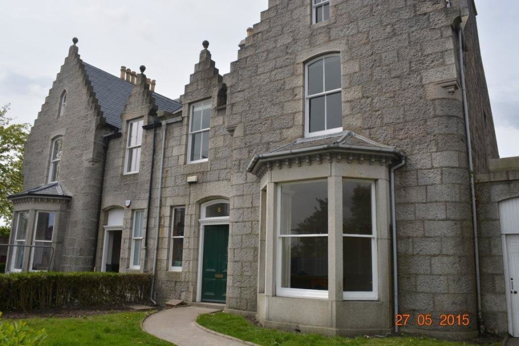 Best 3 Bedroom Flat To Rent In St Swithin Street Aberdeen Ab10 With Pictures