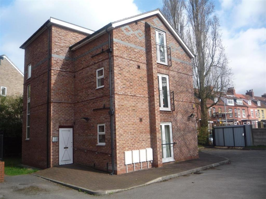 Best 3 Bedroom House To Rent In Ladybarn Crescent Manchester M14 With Pictures