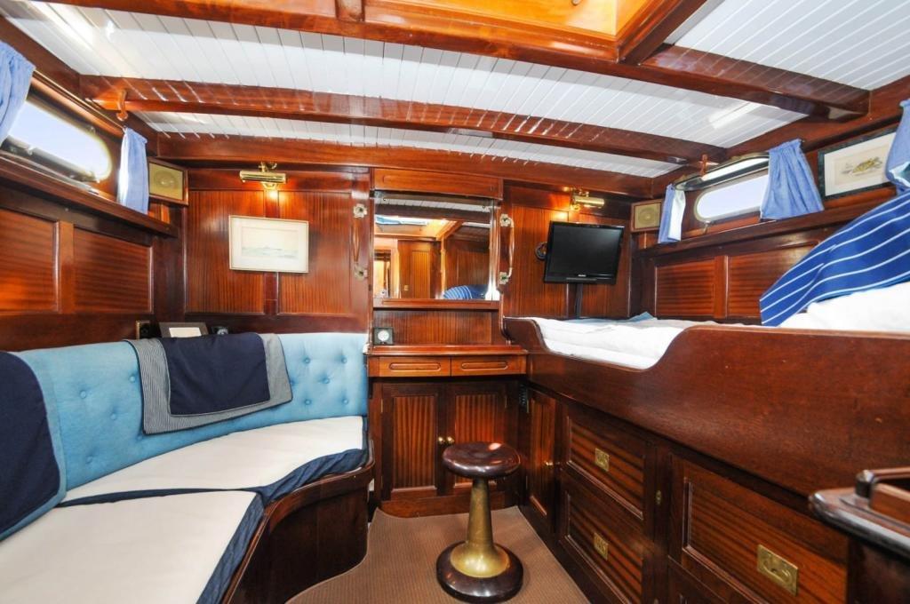 Best 3 Bedroom House Boat For Sale In Imperial Wharf Marina With Pictures