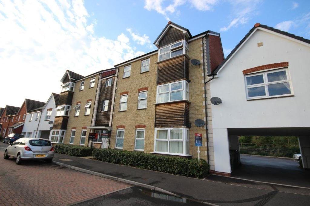 Best 2 Bedroom Flat To Rent In Chaucer Grove Exeter Devon Ex4 With Pictures