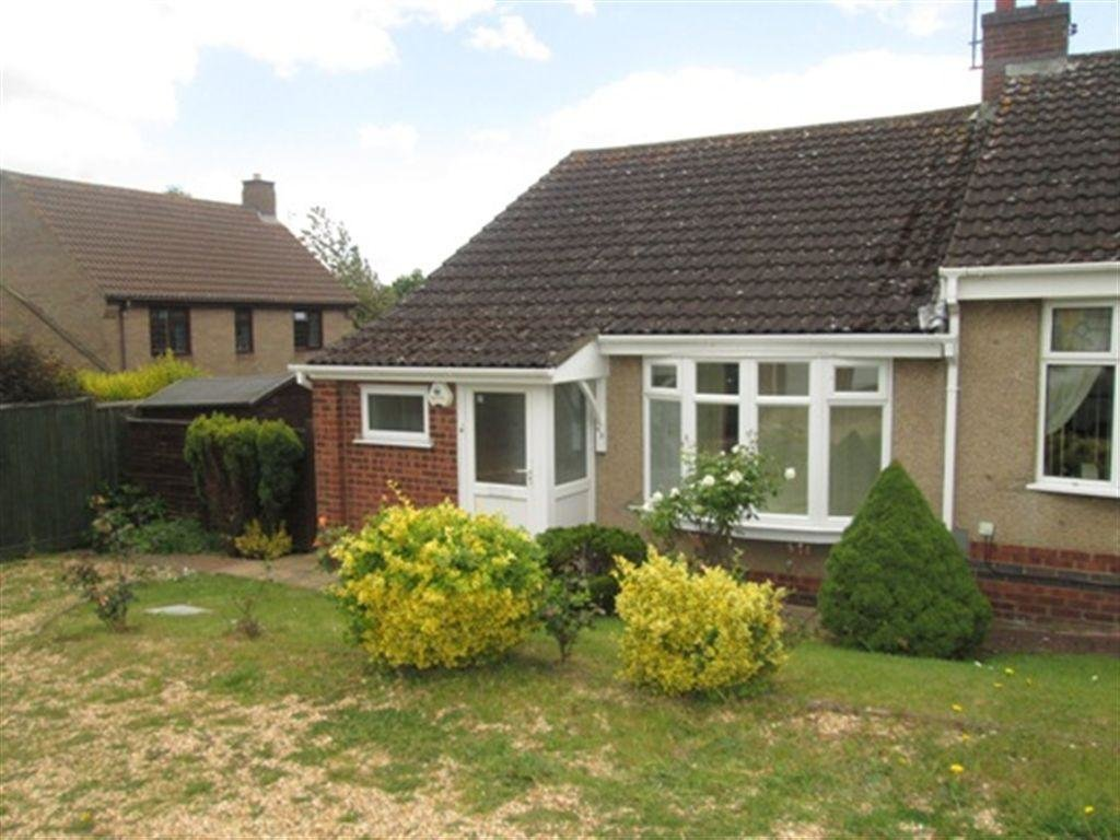 Best 2 Bedroom Bungalow To Rent In Rydalside Roselands Northampton Nn4 With Pictures