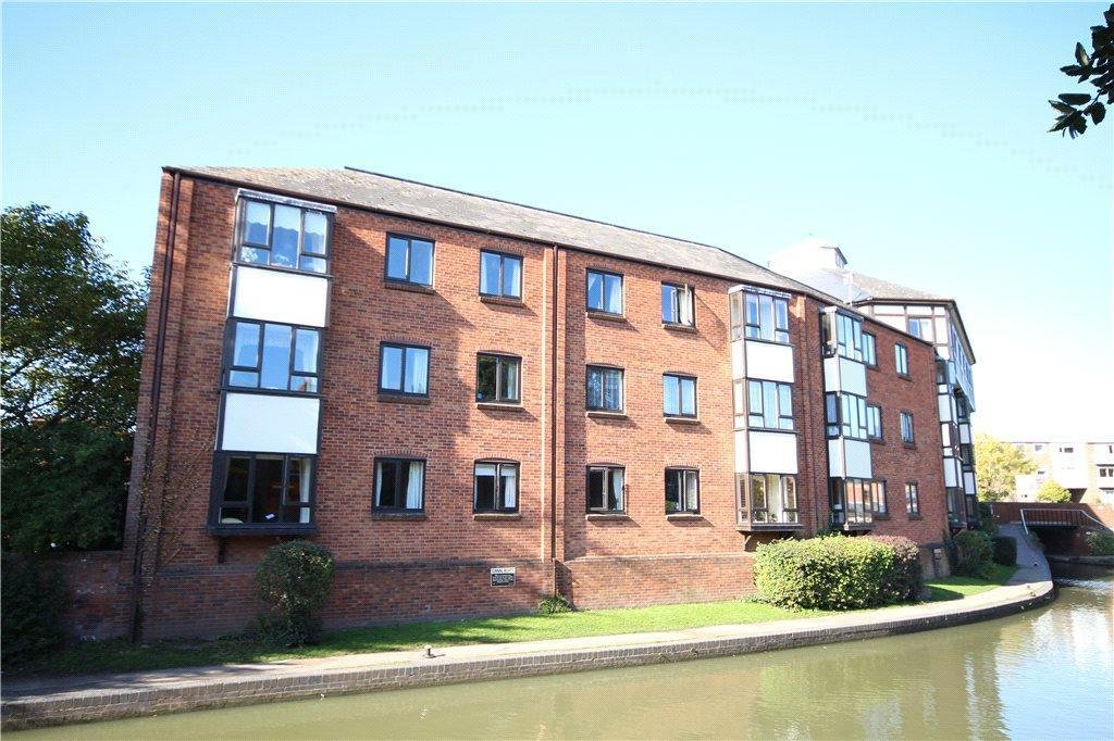 Best 2 Bedroom Flat For Sale In Bridgefoot Quay Warwick Road Stratford Upon Avon Cv37 Cv37 With Pictures