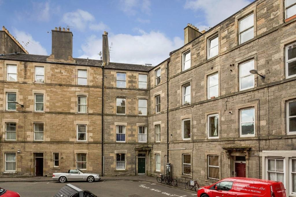 Best 2 Bedroom Flat For Sale In Drumdryan Street Edinburgh With Pictures