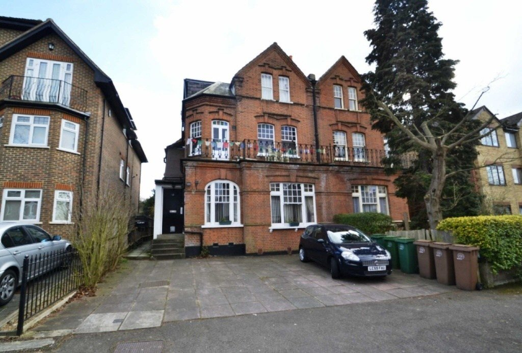 Best 2 Bedroom Flat To Rent In 12 Egmont Road Sutton Surrey Sm2 With Pictures