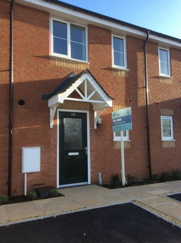 Best 2 Bedroom Terraced House For Sale In Deer Park Drive With Pictures