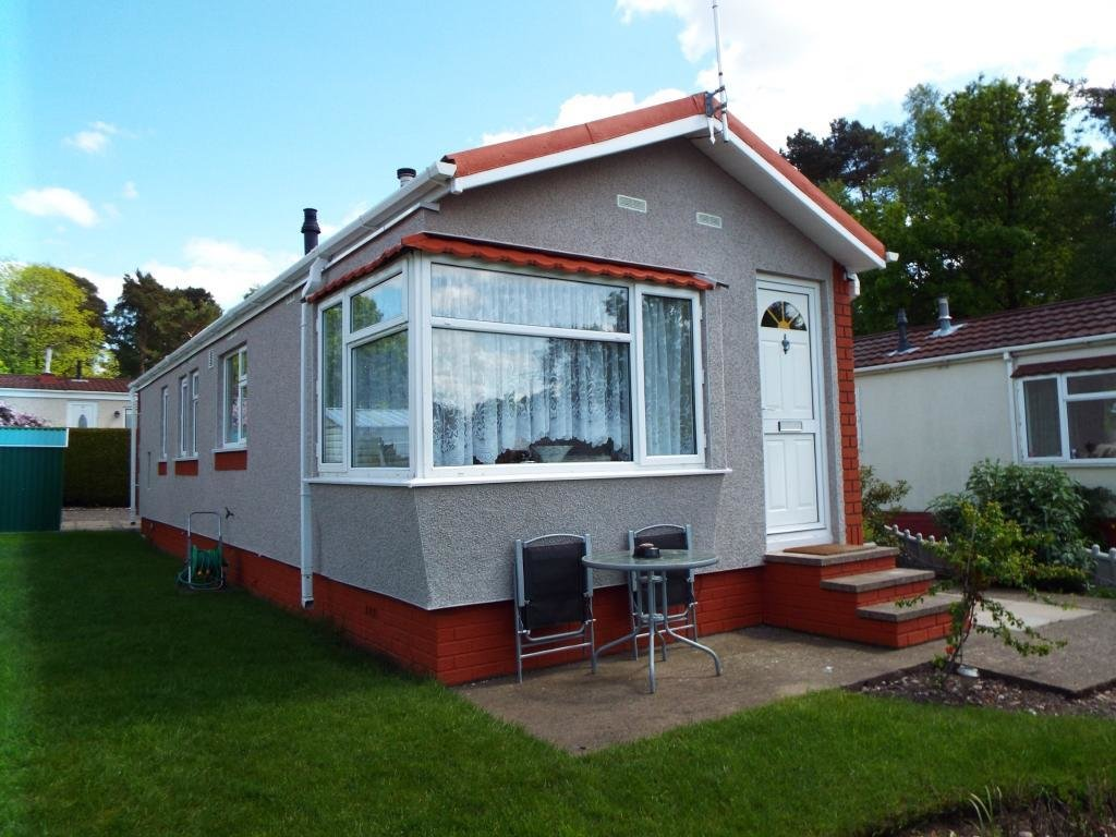 Best 2 Bedroom Mobile Home For Sale In The Pines Homes Park With Pictures