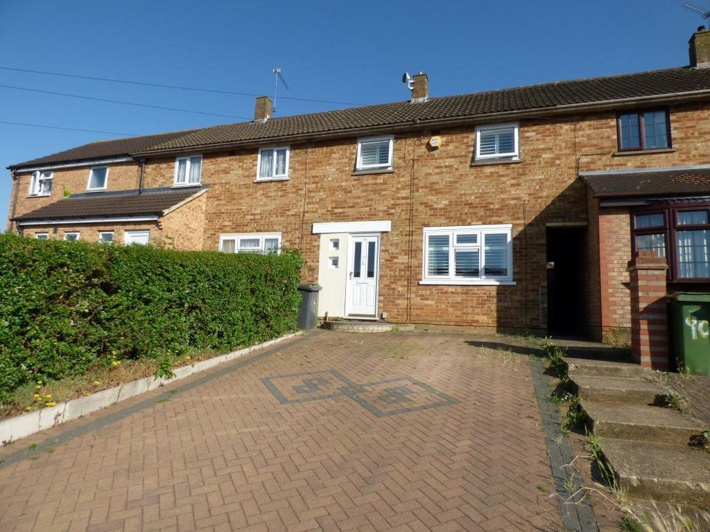 Best 2 Bedroom Terraced House To Rent In Hollybush Road Luton Bedfordshire Lu2 9Hq Lu2 With Pictures