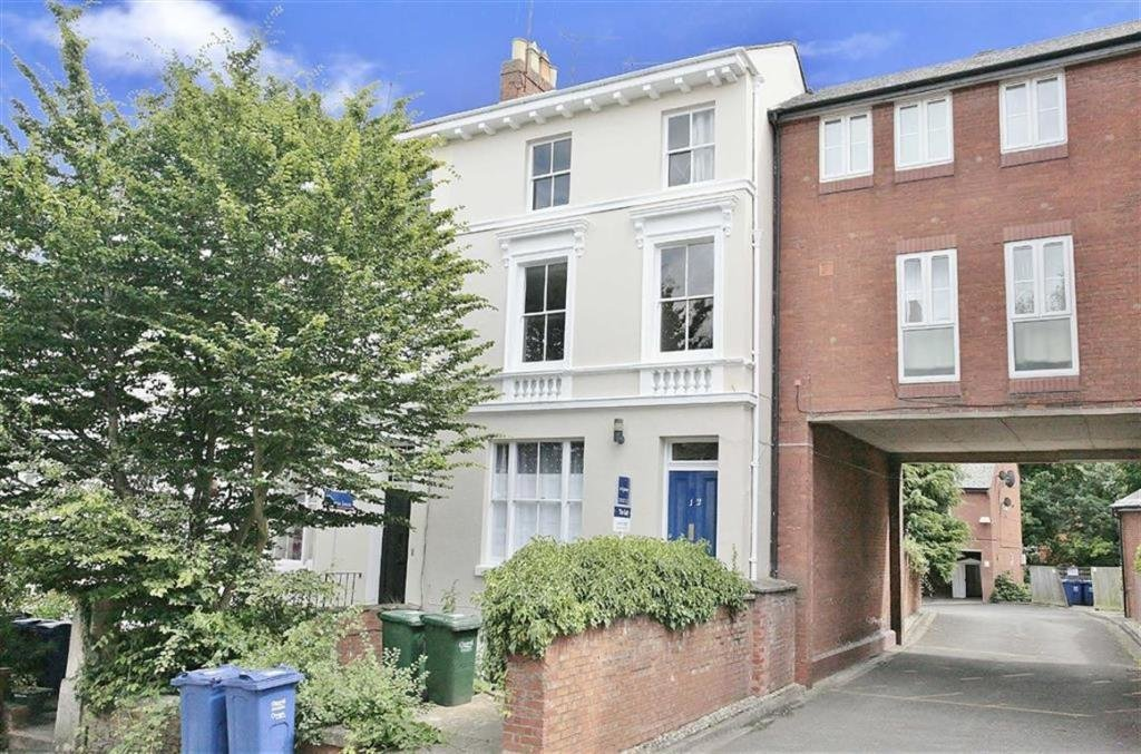 Best 2 Bedroom Apartment To Rent In 12 Calthorpe Road Banbury With Pictures