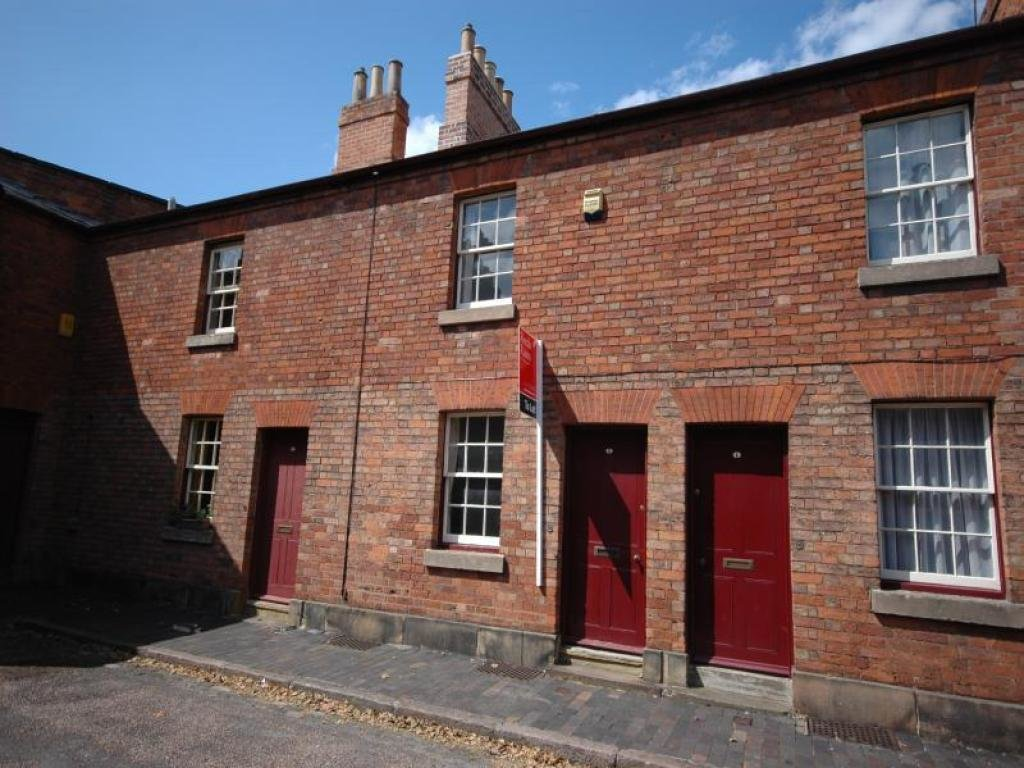 Best 2 Bedroom Terraced House To Rent In Sheffield Place Derby De1 De1 With Pictures