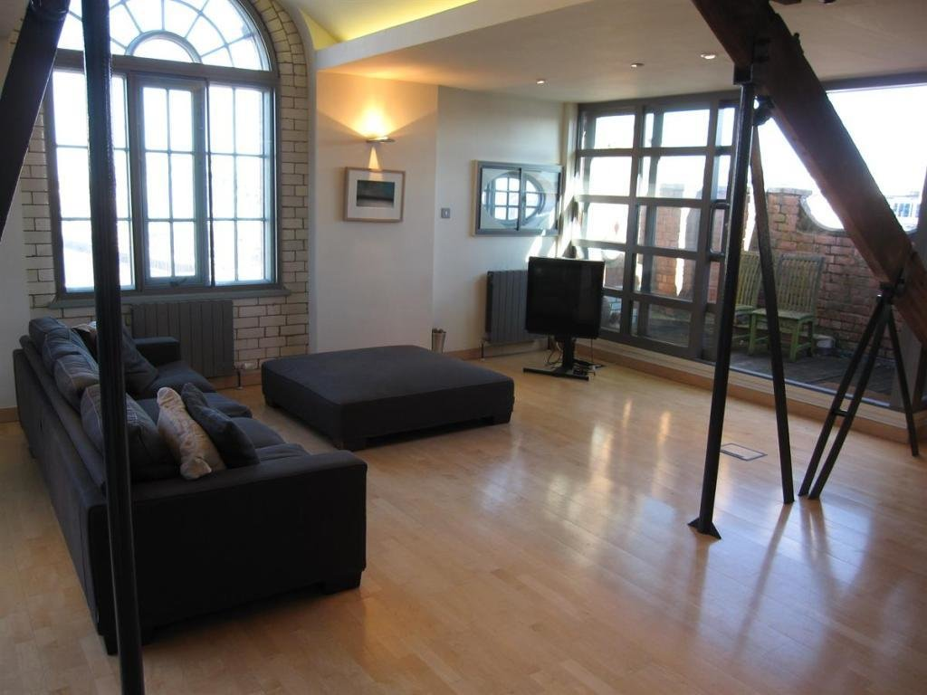 Best 2 Bedroom Apartment To Rent In The Turnbull Building With Pictures