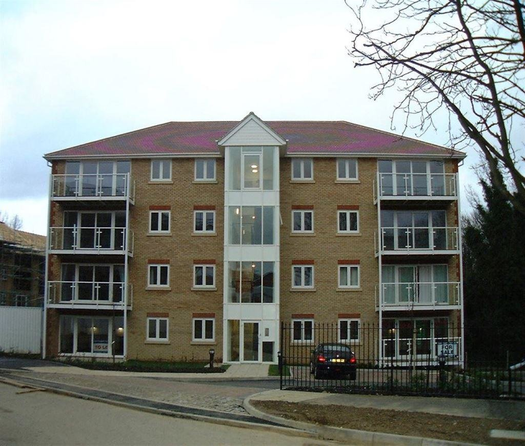 Best 2 Bedroom Flat To Rent In Foxglove Way Old Bedford Rd With Pictures