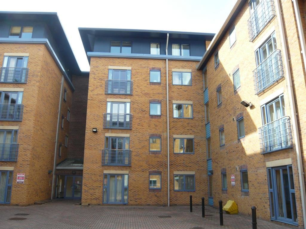 Best 2 Bedroom Flat To Rent In Leadmill Court Sheffield City With Pictures