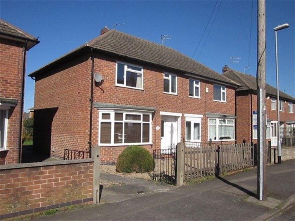 Best 3 Bedroom House To Rent In Clumber Rd Nottingham Ng2 With Pictures