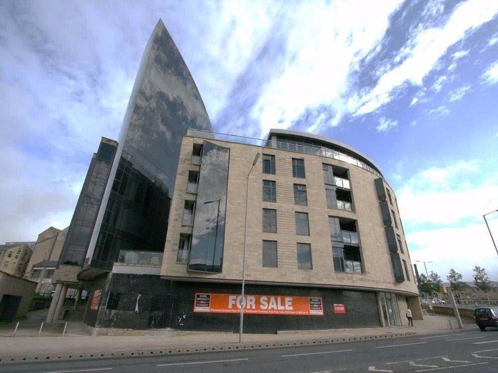 Best 2 Bedroom Apartment To Rent In The Gatehaus Leeds Road With Pictures