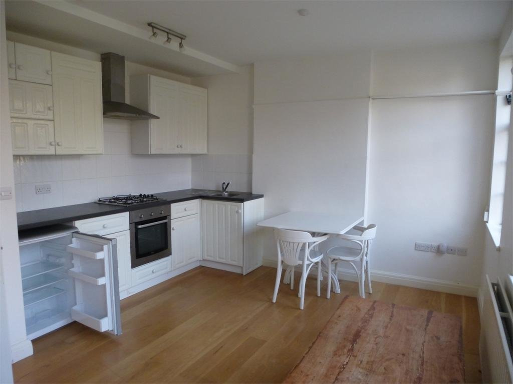 Best 1 Bedroom Flat To Rent In Salisbury Square Old Hatfield With Pictures