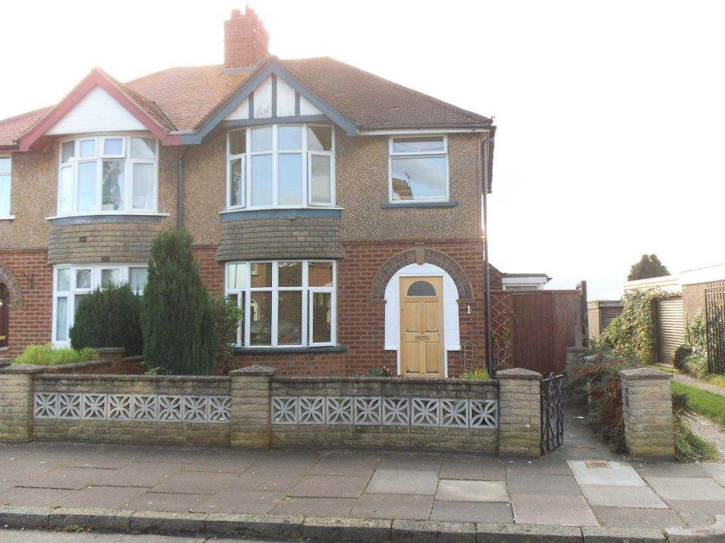 Best 3 Bedroom House To Rent In Rockley Road Leicester Le4 With Pictures