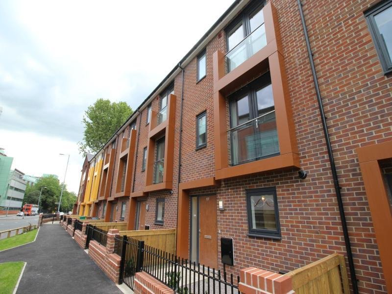 Best 4 Bedroom House To Rent In Upper Brook Street Manchester With Pictures